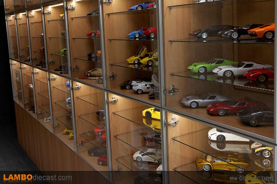 New display cabinet - DX Model Display - DiecastXchange ...