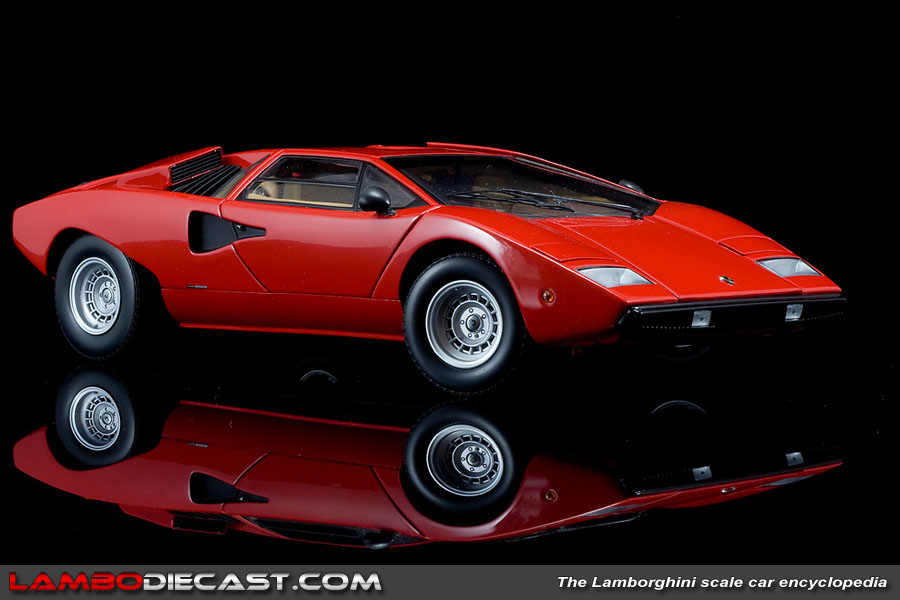 the 1 18 lamborghini countach lp400 from kyosho a review by. Black Bedroom Furniture Sets. Home Design Ideas