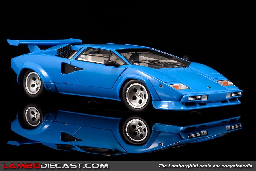 The 1 18 Lamborghini Countach Quattrovalvole From Kyosho