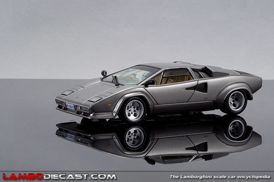 the 1 43 lamborghini countach quattrovalvole from ixo a review by. Black Bedroom Furniture Sets. Home Design Ideas