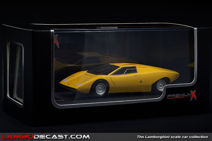 the 1 43 lamborghini countach lp5000 from premium x a review by lambodiecast. Black Bedroom Furniture Sets. Home Design Ideas