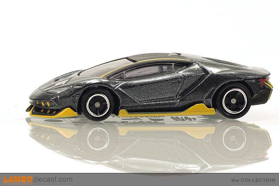 The 1 64 Lamborghini Centenario Lp770 4 From Tomica A Review By
