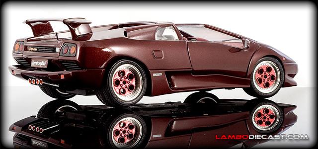 The 1 18 Lamborghini Diablo Targa From Bburago A Review By