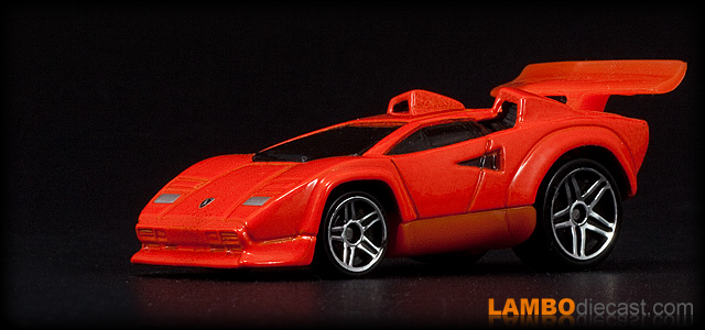 the 1 64 lamborghini countach lp500s from hotwheels a review by lambodiecast. Black Bedroom Furniture Sets. Home Design Ideas