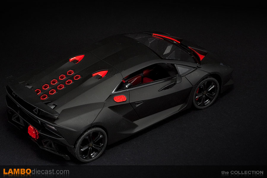 The 1/18 Lamborghini Sesto Elemento from DX, a review by